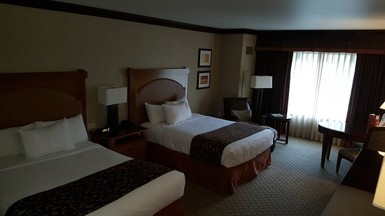 Ameristar Casino Resort Spa Black Hawk: Great updated rooms.