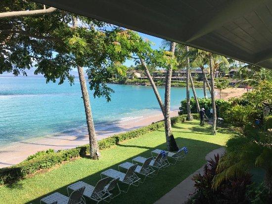 Napili Sunset Beachfront Resort: View from 212