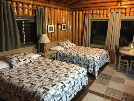 High Falls Motel and Cabins: photo1.jpg