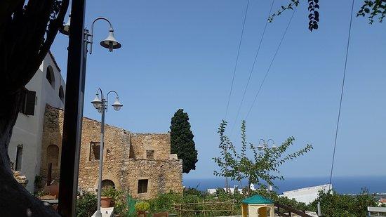 Maroulas, Greece: Utsikt från Tavernan Mylopetra