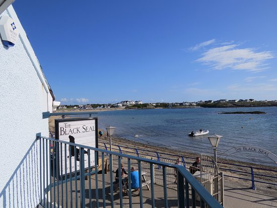 Trearddur Bay, UK: front view