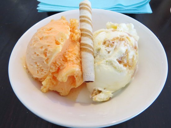 ‪‪Trearddur Bay‬, UK: blood orange sorbet & ice cream‬