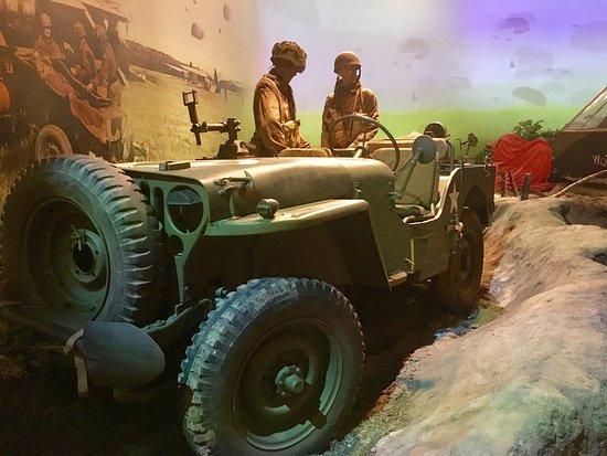 Airborne Museum Hartenstein: photo1.jpg