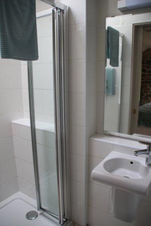 Widecombe in the Moor, UK: Bathroom