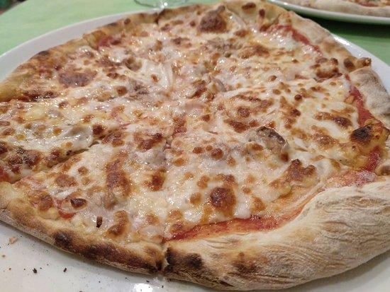 Pizzeria Vittorio: Pizza