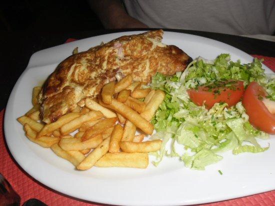 Шинон, Франция: omelette