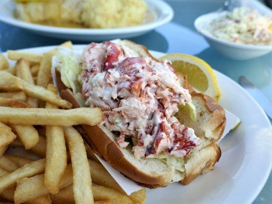 Newburyport, MA: Lobster roll