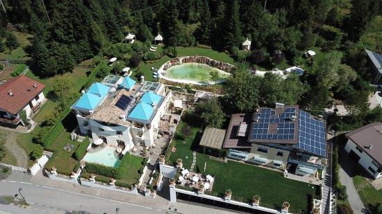 Villa Orso Grigio: Totale Vista dall'alto.