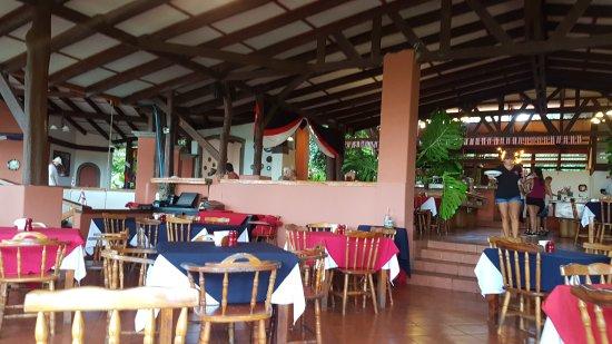 Hacienda Guachipelin: 20170915_081023_large.jpg