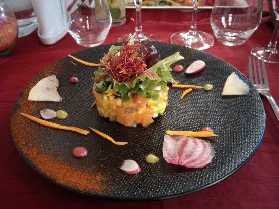 La Farlede, Francja: Tartare de saumon citron vert pomme granny mangue