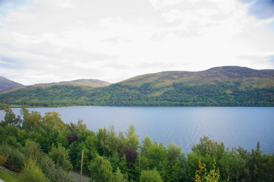 Kinloch Rannoch, UK: View of Loch Rabnnoch from our balcony