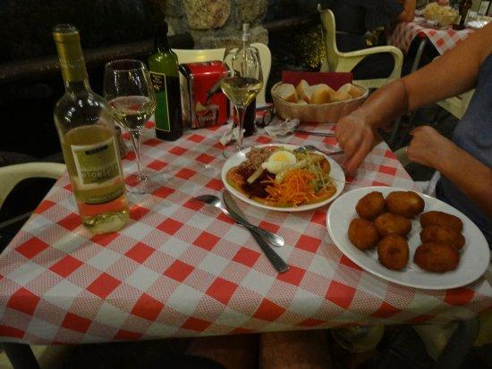 Pinos Genil, Spain: Un bien bon repas !