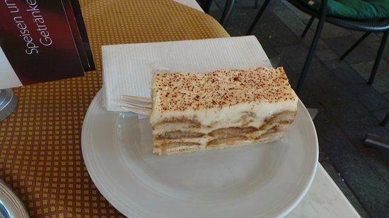 Mondsee, ออสเตรีย: good cakes