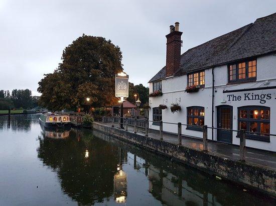 Sandford-on-Thames, UK: IMG_20170916_193143_619_large.jpg