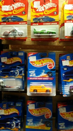 Manteno, IL: Matchbox cars