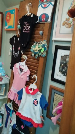 Manteno, IL: nursery items...old and new