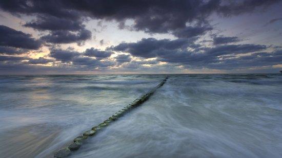 Long Beach : The mystery of a Northwest Beach