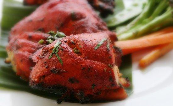 Langley, Canadá: The Irresistible - Tandoori Chicken 🍗
