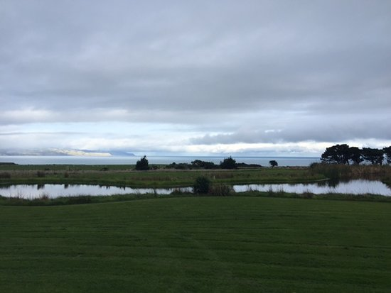 Featherston, New Zealand: Enjoy the fresh air and manicured landscaping
