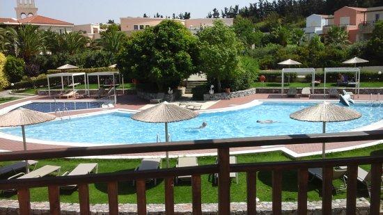 Pilot Beach Resort: vue de la chambre
