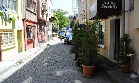 Serenity Hotel Istanbul: 20170917_223644_large.jpg