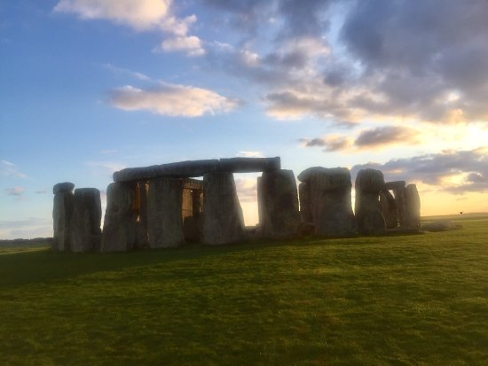 Salisbury & Stonehenge Guided Tours: photo2.jpg