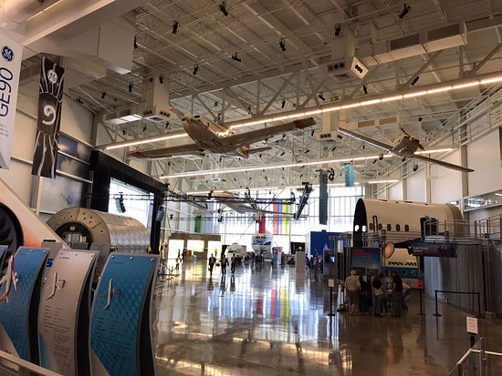 Mukilteo, WA: Future of Flight Exhibition Center
