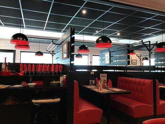 buffalo grill lons le saunier 80 rue bercaille restaurant avis num ro de t l phone. Black Bedroom Furniture Sets. Home Design Ideas