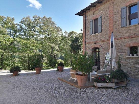 Casola Valsenio, Italy: Ingresso sul davanti