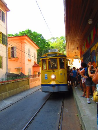 Santa Teresa Tram: Bondinho chegando