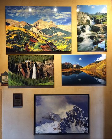 Mountain Village, CO: Some of the gorgeous photography that decorates the lodge and suites.