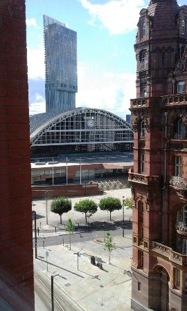 Premier Inn Manchester Central Hotel: photo2.jpg