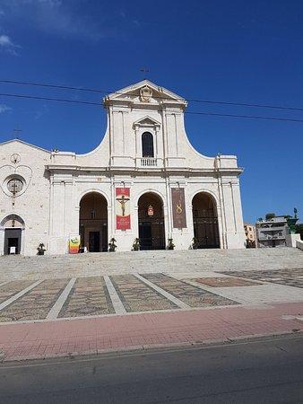 Santuario e Basilica di Bonaria: photo0.jpg