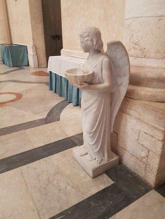 Santuario e Basilica di Bonaria: photo1.jpg