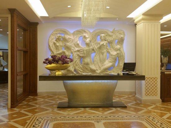 Hotel Terme Tritone Thermae & Spa: 20150227_222527_large.jpg