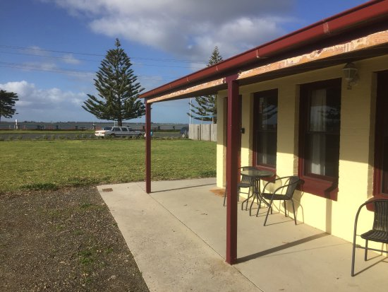 Cosy, comfortable and modest motel close to the waterfront in Port Albert