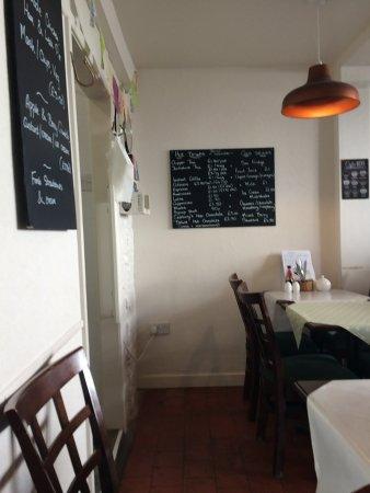 Coedpoeth, UK: cafe interior