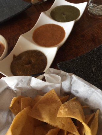 Geneva, IL: Chips with salsas