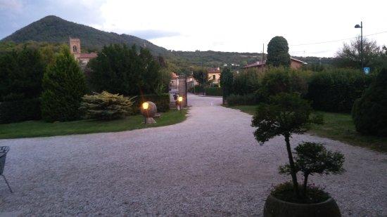 Lozzo Atestino, Italia: Parco del castello