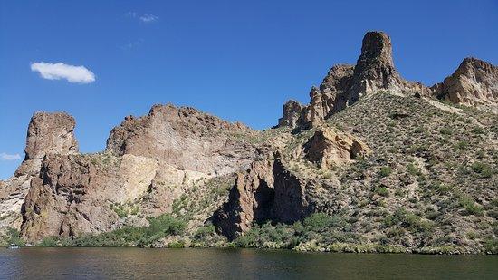 Tortilla Flat, AZ: One of the beautiful views.