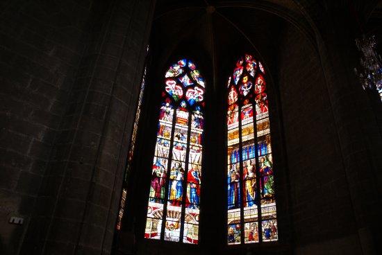 Cathedrale Sainte Marie : Vitraux