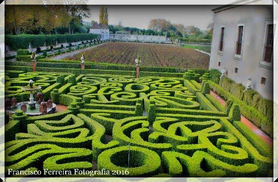 Vila Nogueira de Azeitao, Portugal: jardim