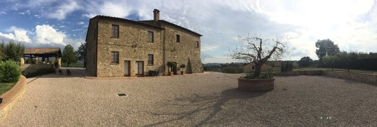 La Country House Il Vecchio Fienile: photo0.jpg