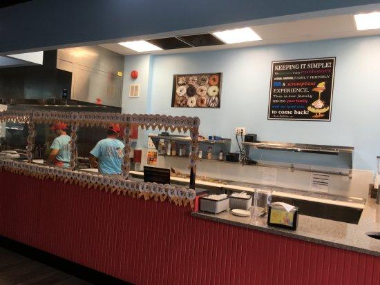 Gaithersburg, Μέριλαντ: Another view of the restaurant