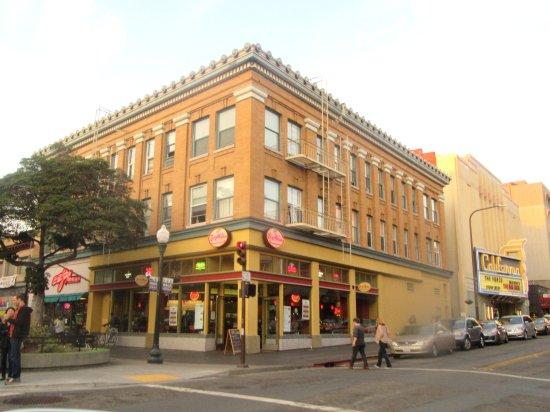 Berkeley, كاليفورنيا: Shattuck Avenue, Berkeley, Ca