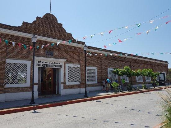Todos Santos (เมืองโตโดส ซานโตส) ภาพถ่าย