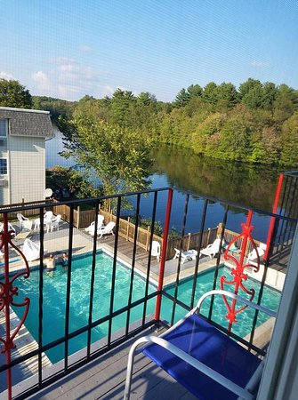 Super 8 Sturbridge: We got a pool and river view. It was lovely.