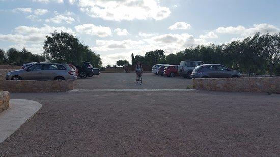 Sant Llorenç des Cardassar, Spanien: Zona de aparcamiento