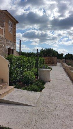 Sant Llorenc des Cardassar, Spain: Acceso a las habitaciones