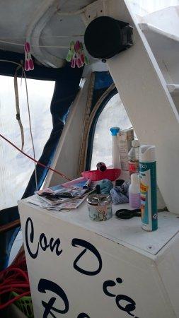 Con Dios: More detritus on deck.